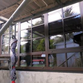 Aluminiumfenster MB86 in RAL 8017 Matt