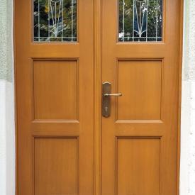 Holzhaustüre von PaX, 2 Flüglig mit aufgearbeiteter Bleiverglasung