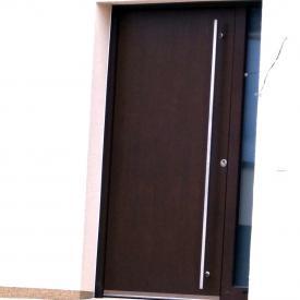 Inothermhaustüre mit Holzdekor
